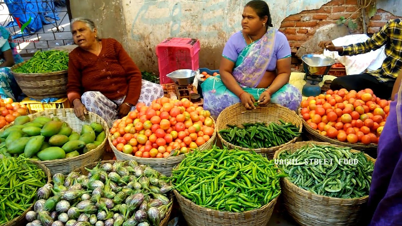 INDIAN FARMERS MARKET || Fresh Fruit and Vegetables || Selling and ...