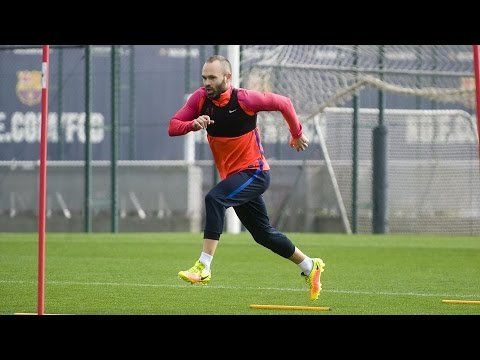 Andrés Iniesta continues recovery