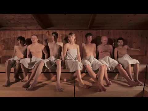 Баня, 6 мужиков, 1 девушка и ....