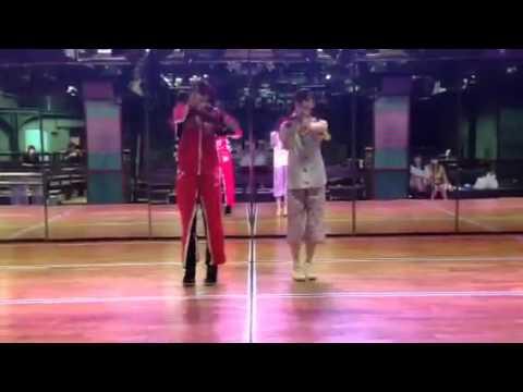 西野未姫・岡田奈々「あご姉妹の全力動画~チャイムはLOVE SONG~」