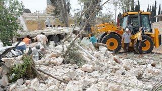 أخبار عربية | مقتل 8 متطوعين في الدفاع المدني في غارة روسية شمال #حماة