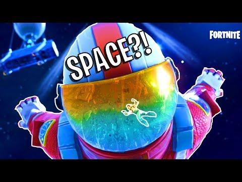 FORTNITE IN SPACE?! Battle Royale!