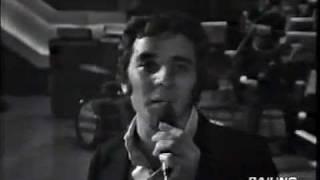 """Mino Reitano """"Un Uomo e una Valigia"""" dal vivo a SENZA RETE 1970 (C"""