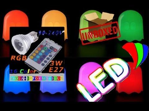 Deballage De L Ampoule A Led 16 Couleur Avec Telecommande Youtube