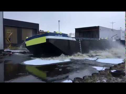 New Tideway class barge Zeus is launched | Livett's Group