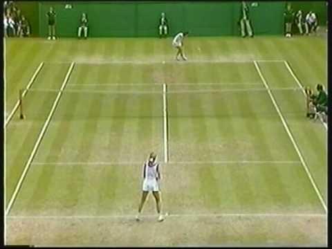 Chris Evert d. Billie Jean King - 1982 Wimbledon SF