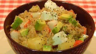 Ensalada de quinoa con agucate y piña
