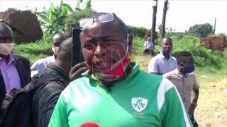 OBUKAMBWE BUSUSSE: Agaanye okuyimirira owa poliisi amukubye esassi