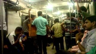 Best Dance in Mahawa Train. (Patta Fun)