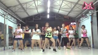 Gwen Stefani - Hollaback Girl Dance Cover by BoBo