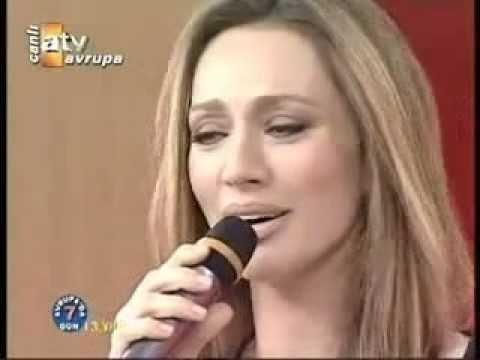 Gülü Susuz Seni Aşksız Bırakmam ♪♪♪ UMUT AKYÜREK