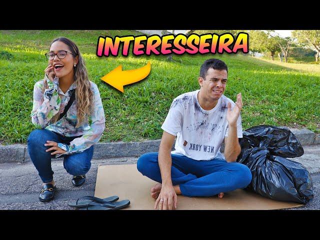 VOCÊ DECIDE - O MENDIGO QUE NÃO SABIA QUE ERA RICO! - (PARTE 1) - KIDS FUN