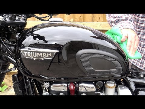Triumph T120, WAXING, DETAILING & PROTECTING your motorcycle