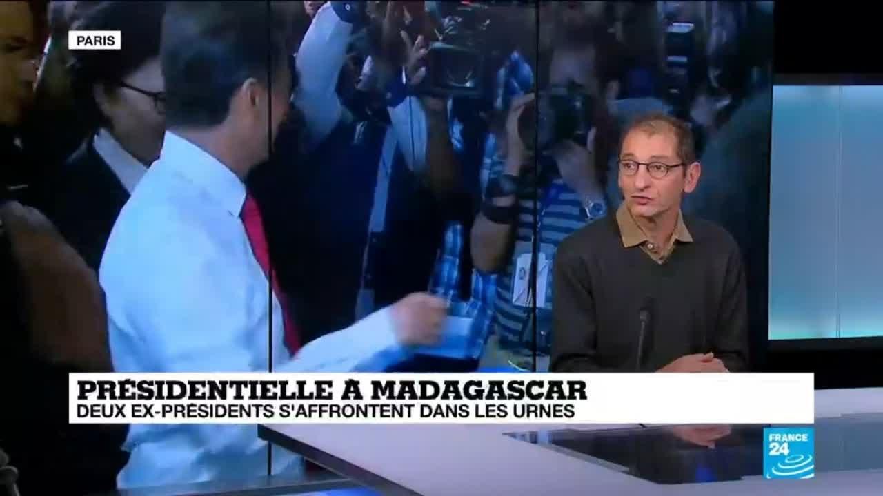 Youtube Video: A Madagascar, les deux anciens présidents s'affrontent dans les urnes.