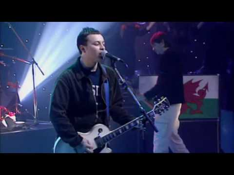 Manic Street Preachers - A Design For Live (Live Jools Holland 1996)