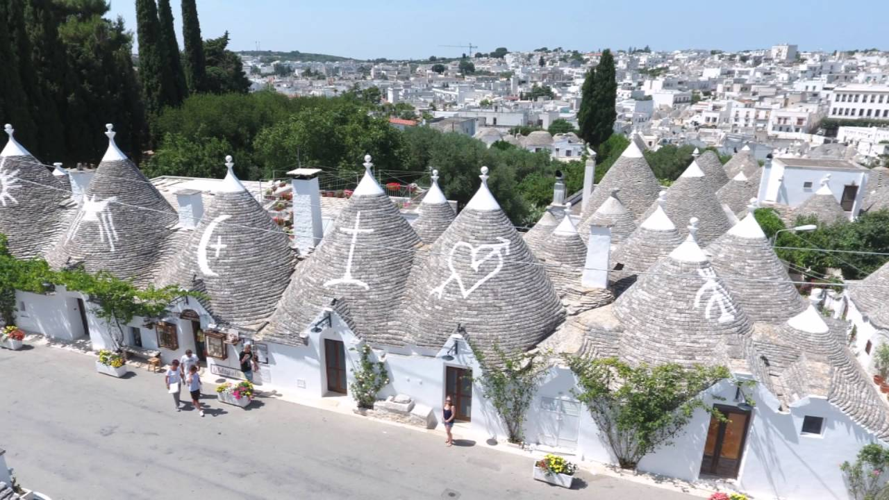 I Trulli Di Alberobello Ba Youtube