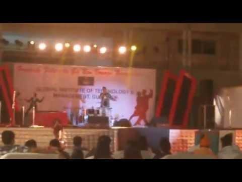 Performing At GITM,Gurgaon (Kya Mujhe Pyar Hai-Karaoke Remix)