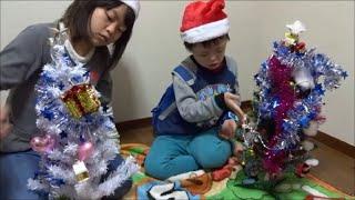 クリスマスツリー飾りつけ対決!The decoration of the Christmas tree