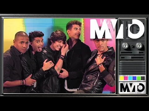 """Watch CNCO sing the """"Drake and Josh"""" theme song 