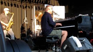 Watch Bruce Hornsby Funhouse video