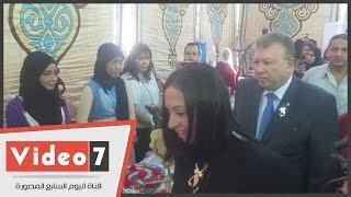 """بالفيديو.. تحت شعار """"شجع منتج بنت بلدك"""".. افتتاح معرض الأعمال اليدوية والحرفية"""
