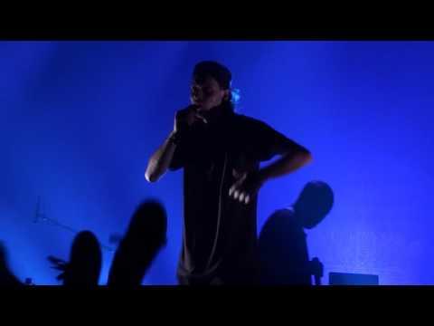 Youtube: Loud Lary Ajust: 14AM Live au Metropolis
