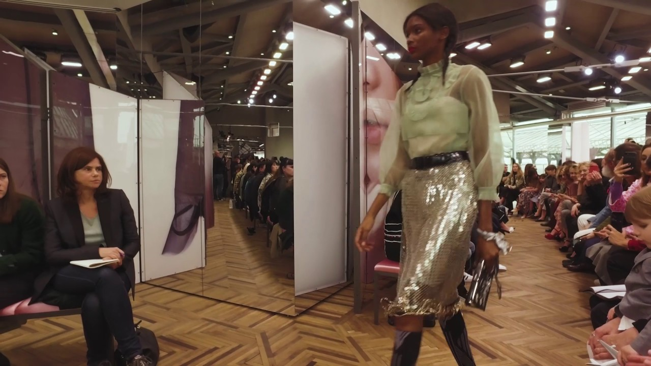 Prada Resort 2018 Women's Fashion Show Milan