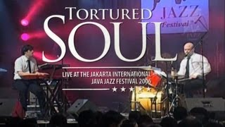 "Tortured Soul ""Fall In Love"" Live at Java Jazz Festival 2006"