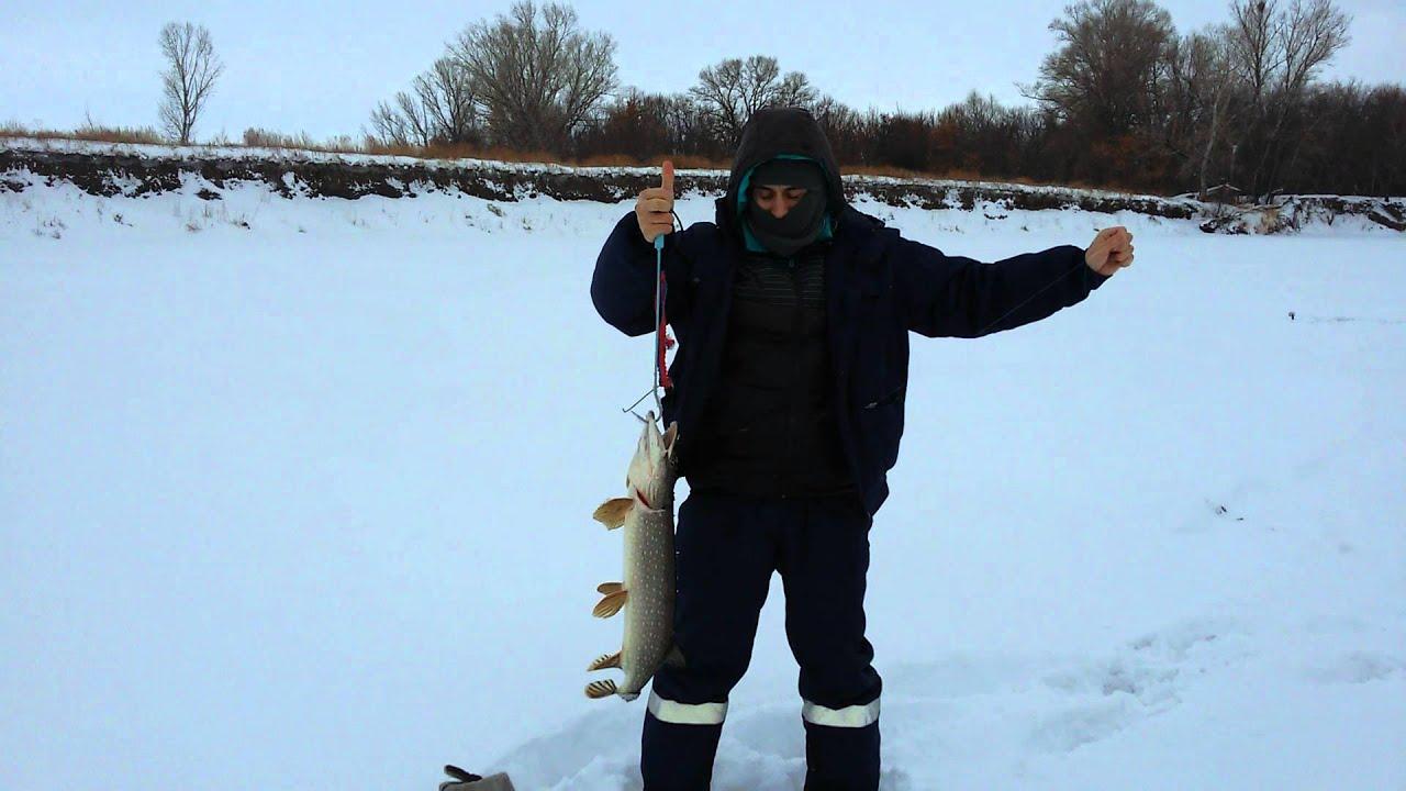 Рыбалка на волге hd зима