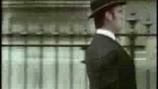 Monty Python - The silly walk