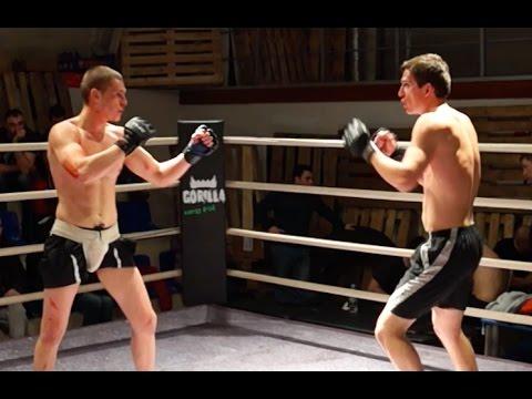 Сильный бой двух профиков ММА