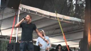 "J. Cole peforms ""Premeditated Murder & ""Beautiful Bliss"" @ Bumbershoot 2010"