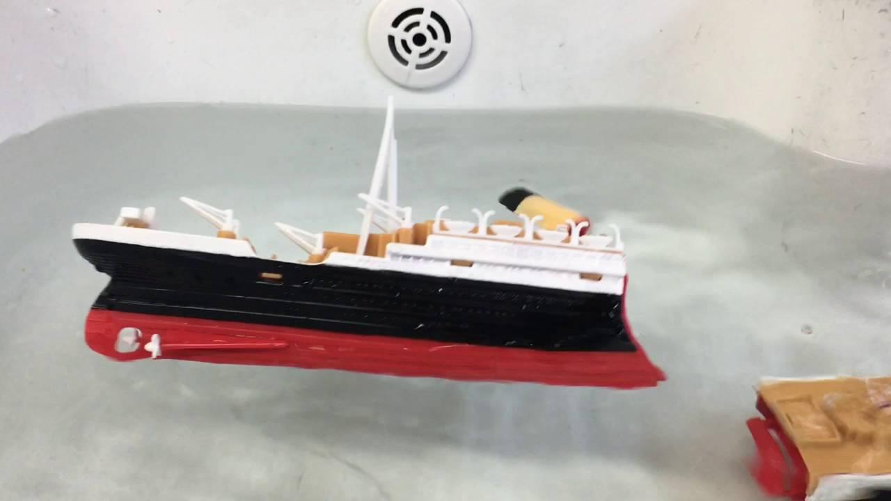 Toys R Us Titanic Model : Re edited model titanic sinks splits youtube
