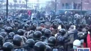 Maidanul din Moscova a fost sugrumat de poliția rusă (2010)