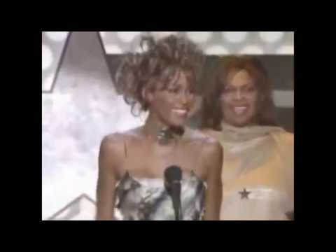 Whitney Houston thanks Christina Aguilera.mp4