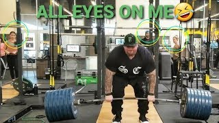 DEADLIFTS AT COMMERCIAL GYM = ALL EYES ON ME