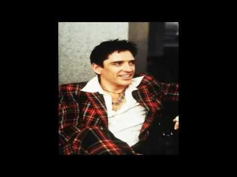 Scots comedian Craig Ferguson puts stunning Hollywood ... |Craig Ferguson 1980s