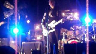 """THE SMASHING PUMPKINS """"SATAND INSIDE YOUR LOVE"""" LIVE- CHILE"""