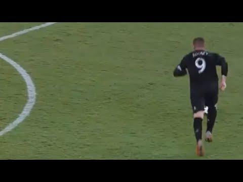 4 Times Wayne Rooney Impressed The World
