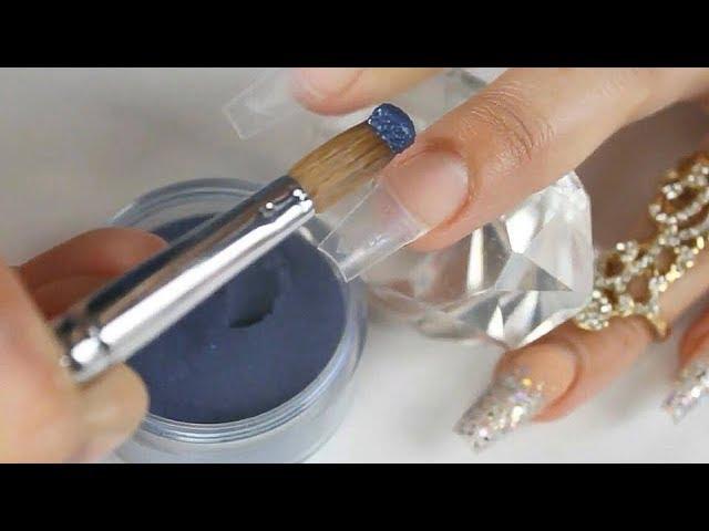 Uñas acrílicas azul eléctrico difuminadas con mi nueva mezcla brillosa ????