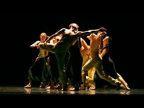 "Hubbard Street Dance Chicago in ""Gnawa"" by Nacho Duato"