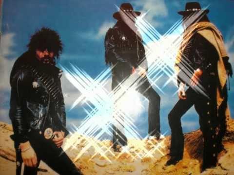 Motörhead - Iron Horse / Born to loose  (with Lyrics)