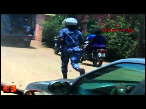 Violences policières au Togo: motos désarçonnées et passagères blessées [14 Avril 2011]