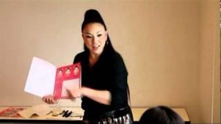 Comoママサロン AYUMOさんメイク指導(1/3)【主婦の友社】Como mama Salon