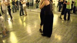 Кизомба в паре, видео урок. Kizomba dance.