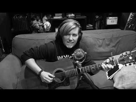 Louie Cruz - Gin and Juice LIVE ACOUSTIC! Must See!