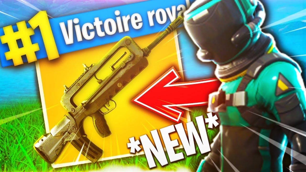 Famas La Nouvelle Arme A Rafale Legendaire Sur Fortnite Battle Royale