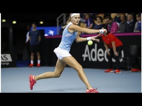 Fed Cup : Kristina Mladenovic égalise pour la France face à la Belgique