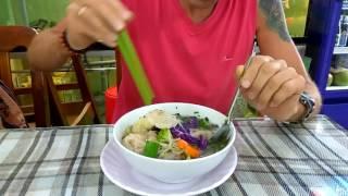 Вьетнам, Нячянг, суп Фо вегетарианский, февраль 2017.