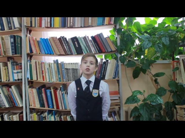 Изображение предпросмотра прочтения – ИльяСимонов читает произведение «Мальчик» К.М.Симонова